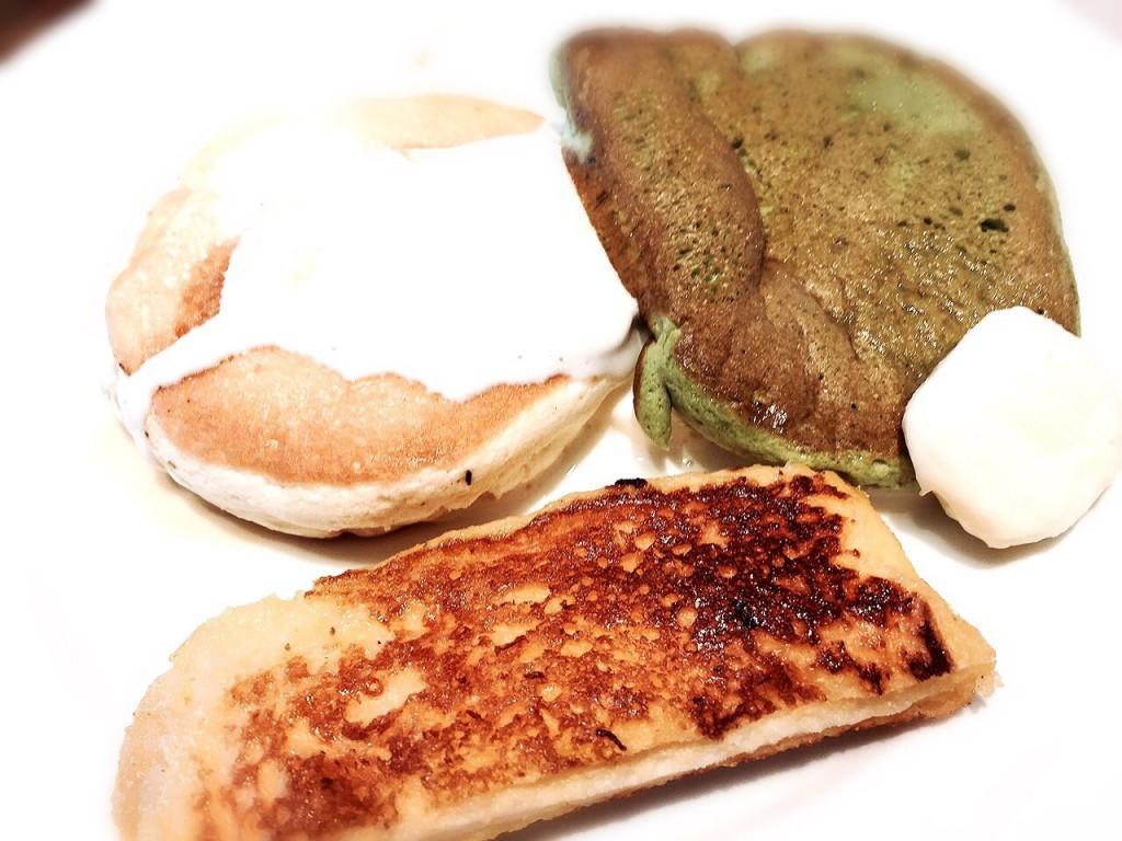 鉄板ふわふわパンケーキ