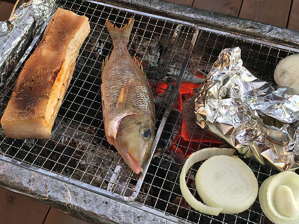 沖縄県産の豚バラ&魚